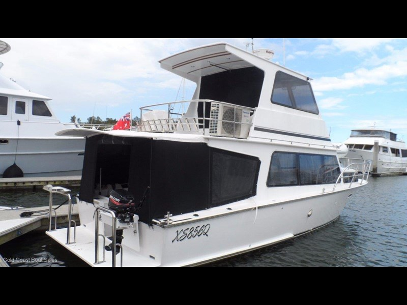 hartley flybridge cruiser 552364 003