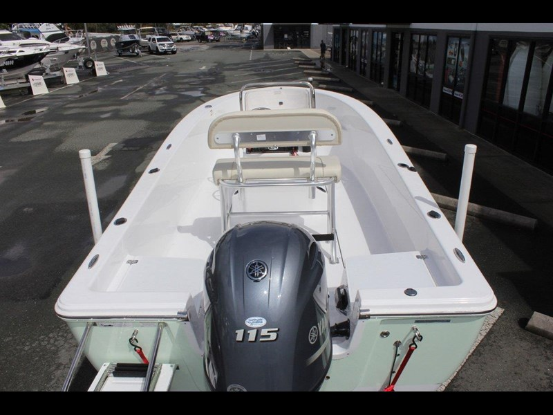sportsman island reef 19 centre console 561683 013
