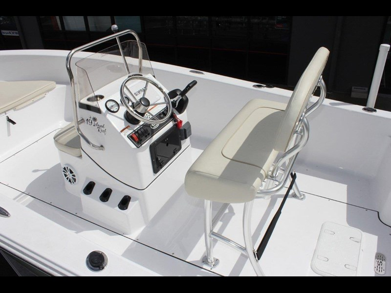 sportsman island reef 19 centre console 561683 017