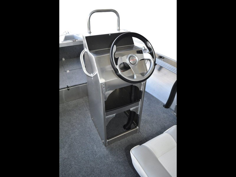stacer 529 outlaw centre console 572386 007