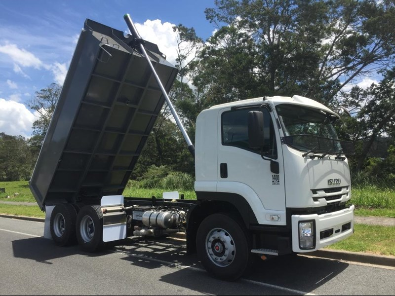 isuzu fvz1400 medium 632746 007