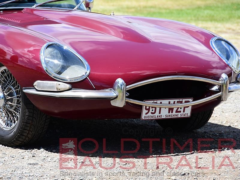 jaguar e-type 656810 035
