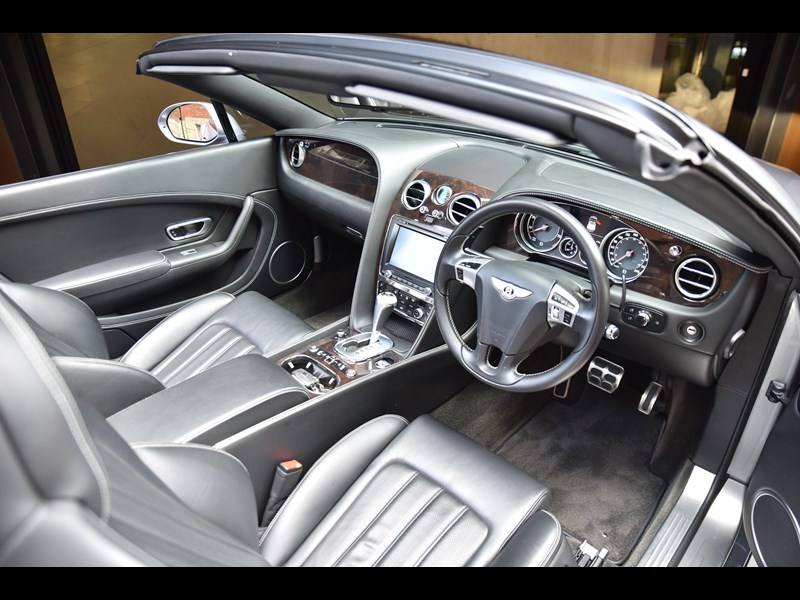 bentley continental gtc 661155 023