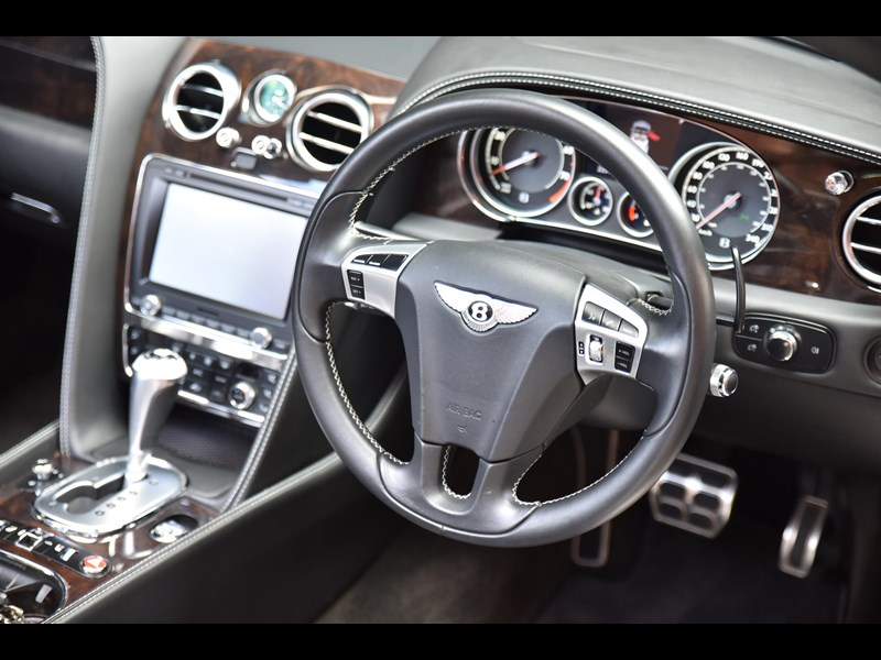 bentley continental gtc 661155 025