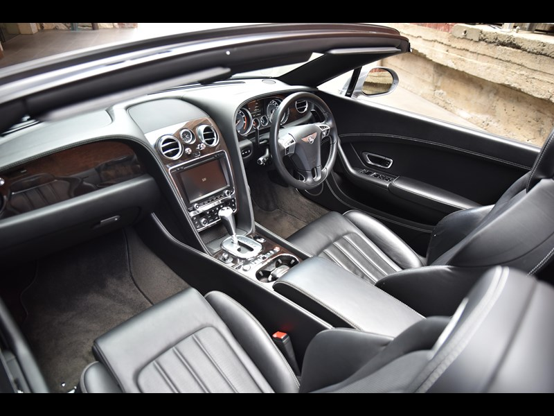 bentley continental gtc 661155 041