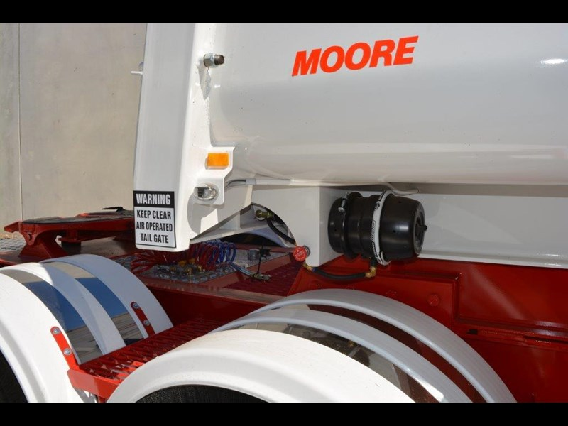 moore sliding a lead - road train chassis tipper 661351 039