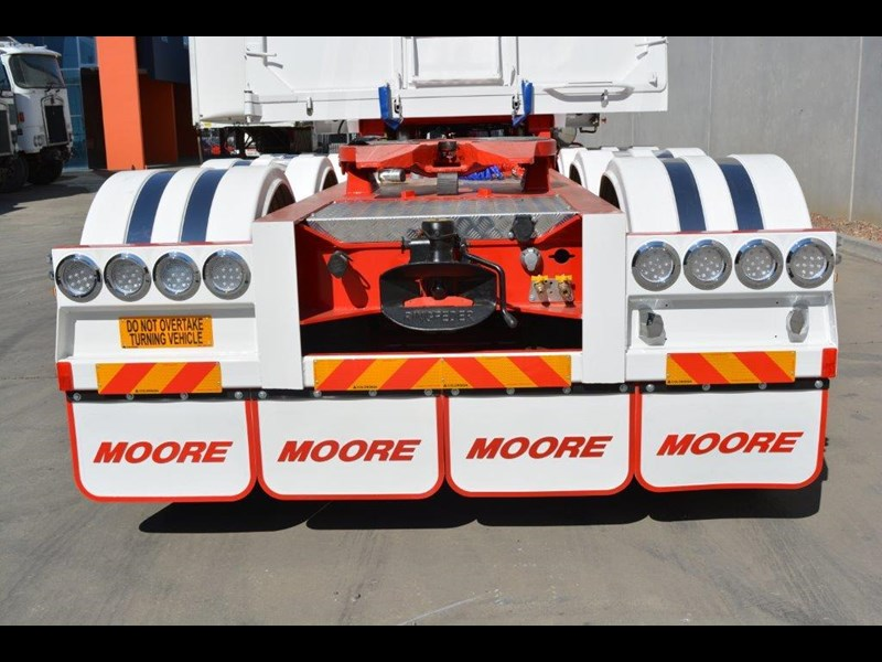 moore sliding a lead - road train chassis tipper 661351 033