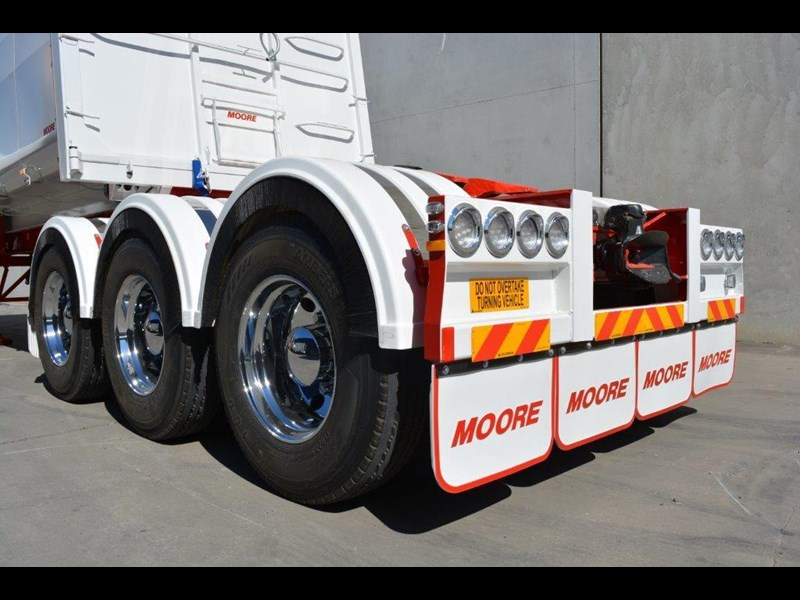 moore sliding a lead - road train chassis tipper 661351 031