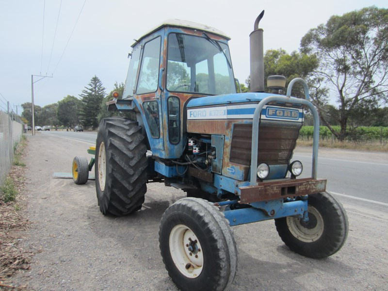 ford 6700 tractor 656058 011