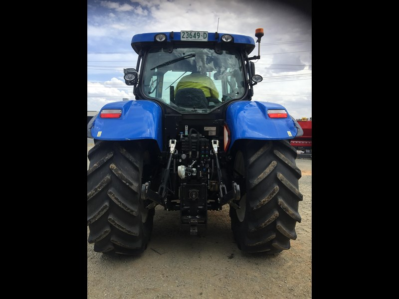 new holland t7.210 auto command 661736 005