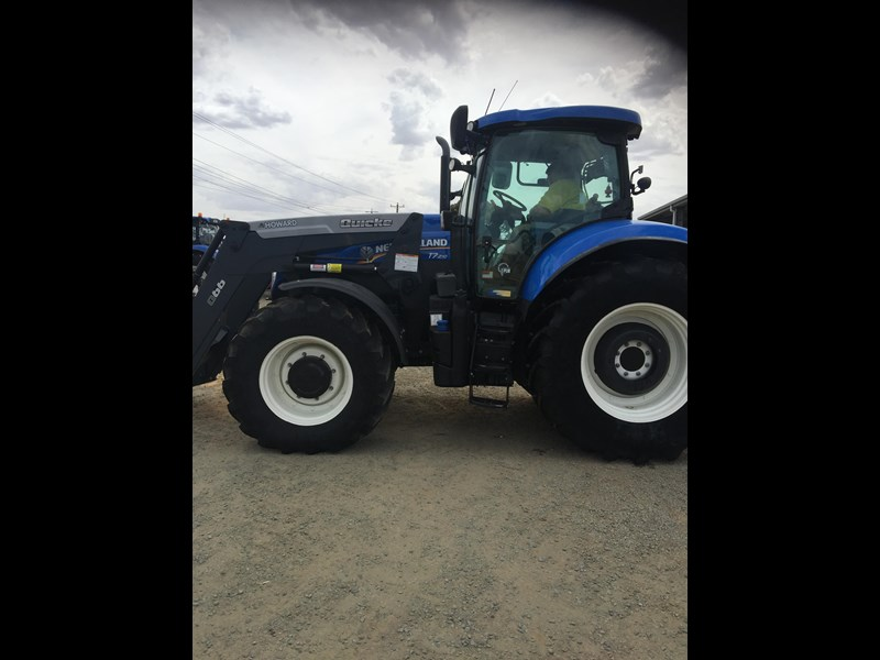 new holland t7.210 auto command 661736 007