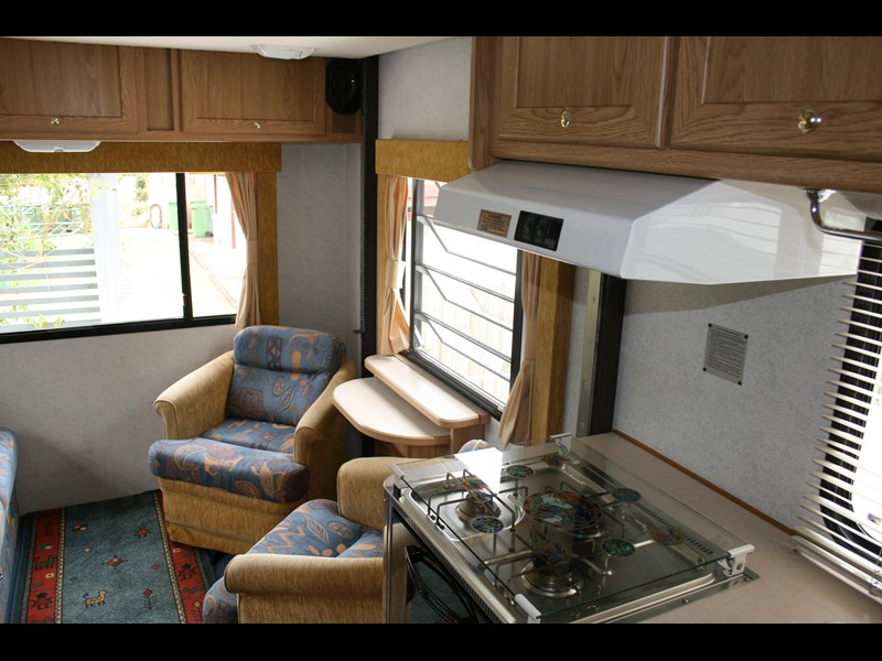 winnebago (avida) leisure seeker 661284 007