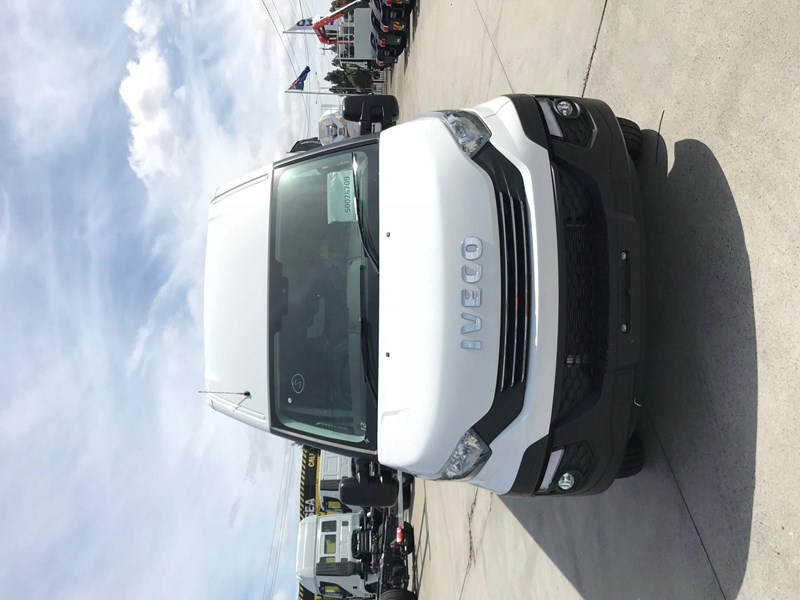 iveco daily 50c17 662800 011