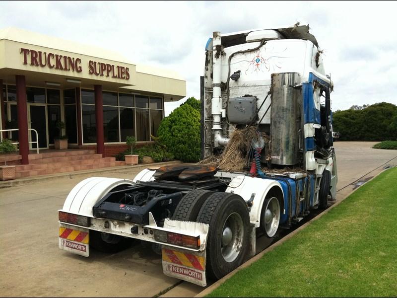 2011 Kenworth K200 Dismantling