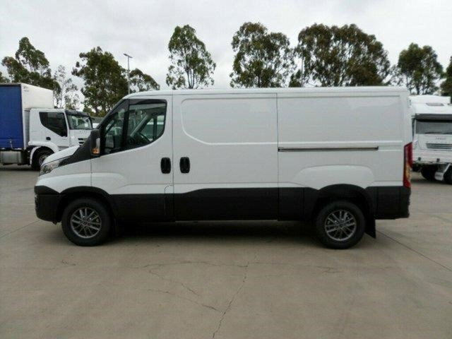 iveco daily 661142 007