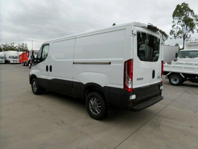 iveco daily 661142 009