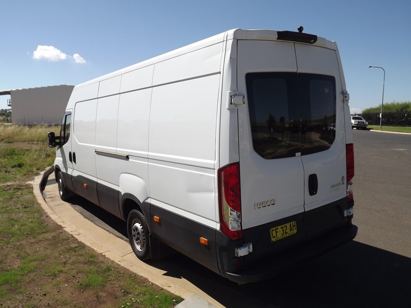iveco daily 664607 007