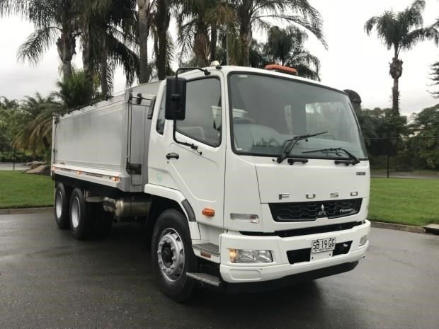 fuso fighter 602957 005