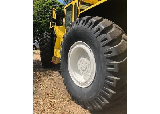 liftking lk1600 all terrain 4wd container handler 599440 017