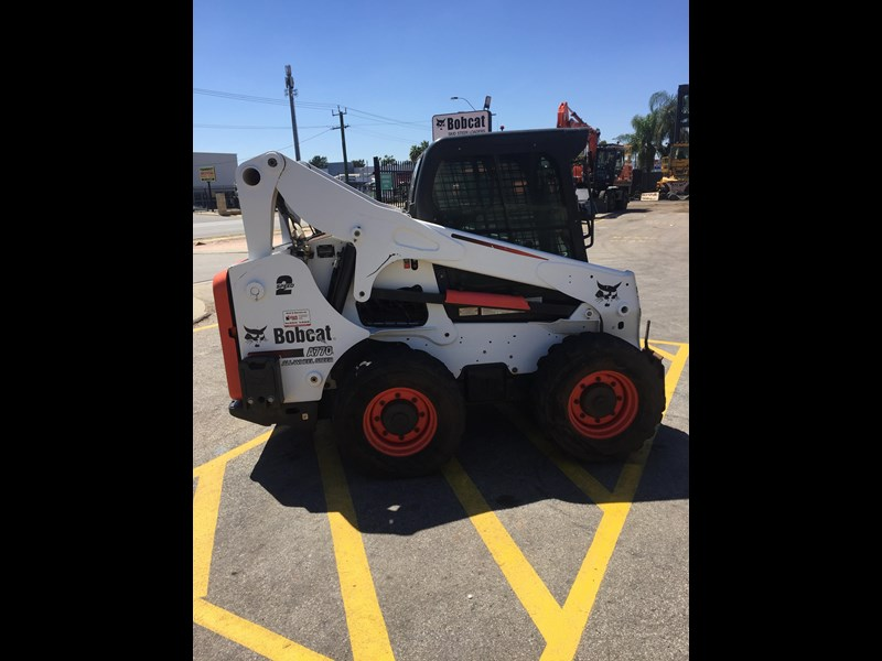 bobcat a770 (all wheel) - low hours 654904 013