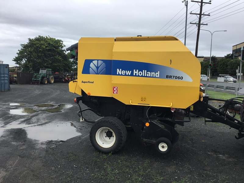 new holland br7060 668044 001