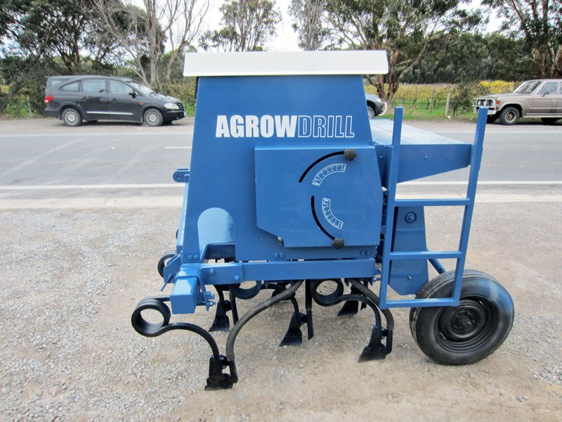 agrowdrill 11 row baker boot coil tyne super seeder 587117 001