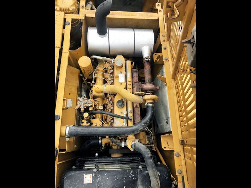caterpillar 320cl 657321 009