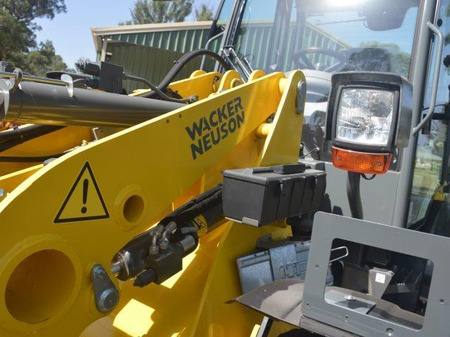 wacker neuson wl52 forks bucket - price reduced 625939 041