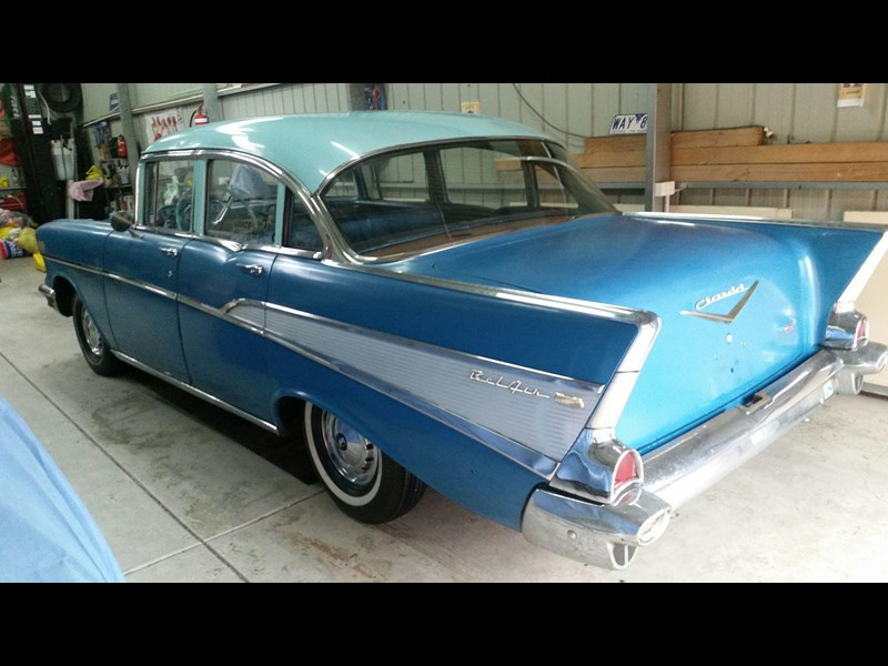 chevrolet bel air 672256 005