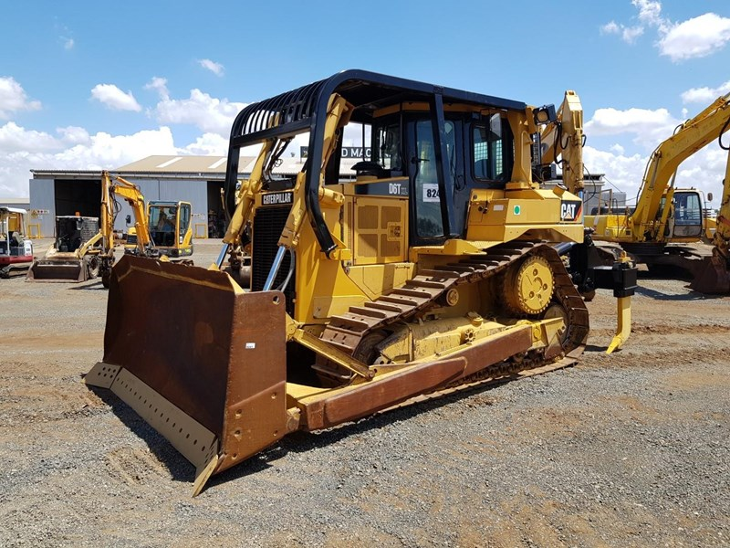 caterpillar d6t xl 666195 001
