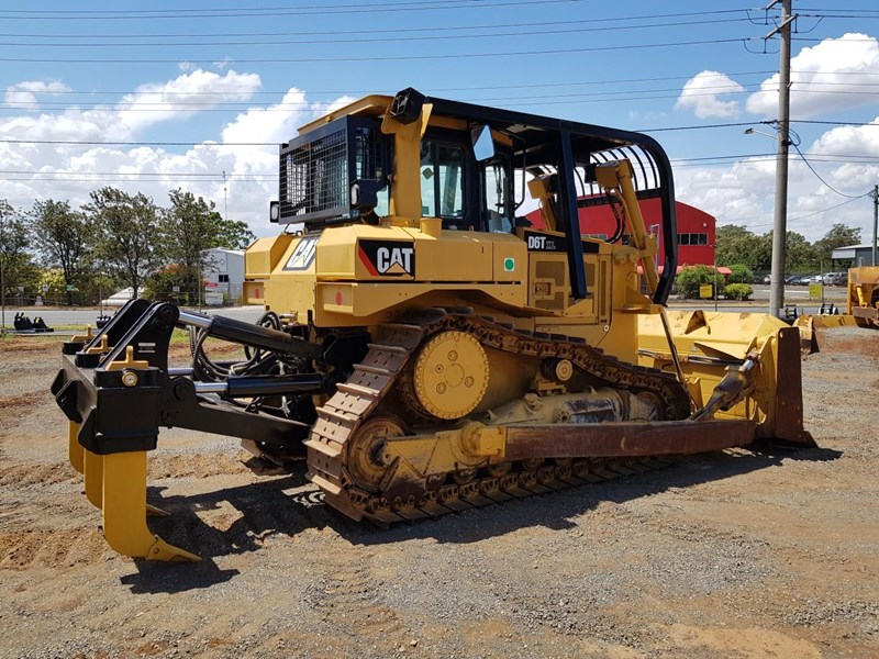 caterpillar d6t xl 666195 005