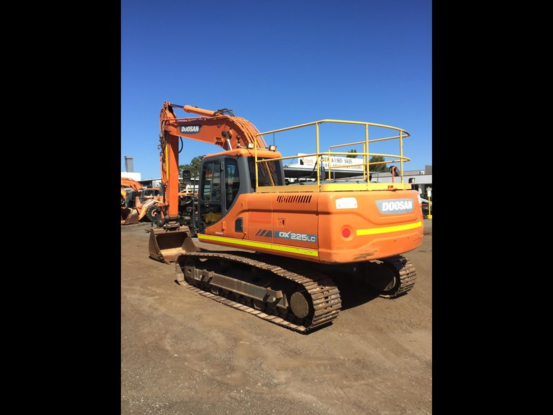 doosan dx225lc - excellent condition 654928 007