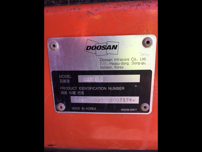 doosan dx225lc - excellent condition 654928 027