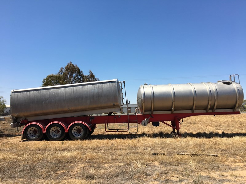 byford tipper/tanker 674566 003