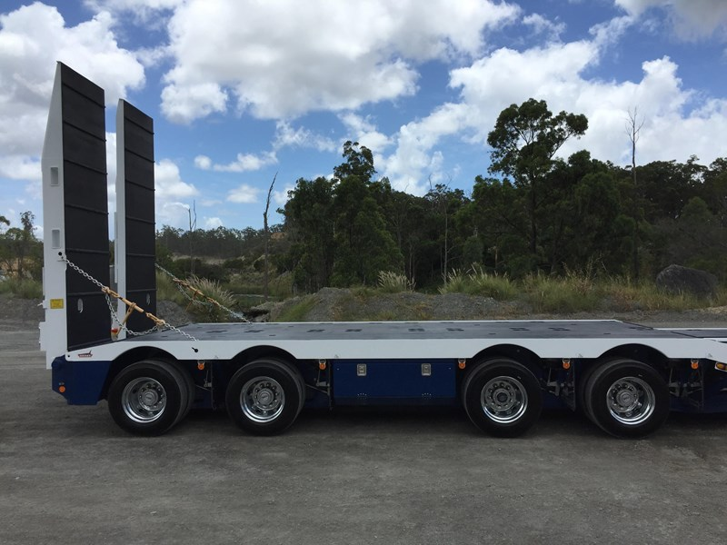 drake 4x8 swinging low loader 674684 029