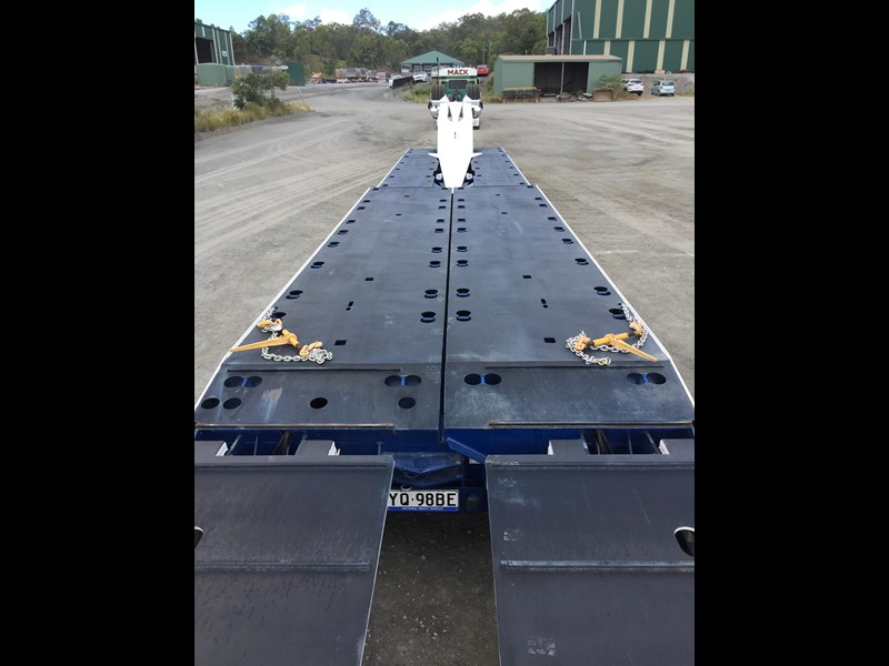 drake 4x8 swinging low loader 674684 061