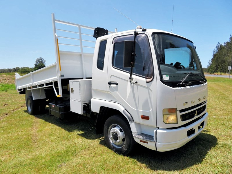 fuso fighter 6 1024 664015 001