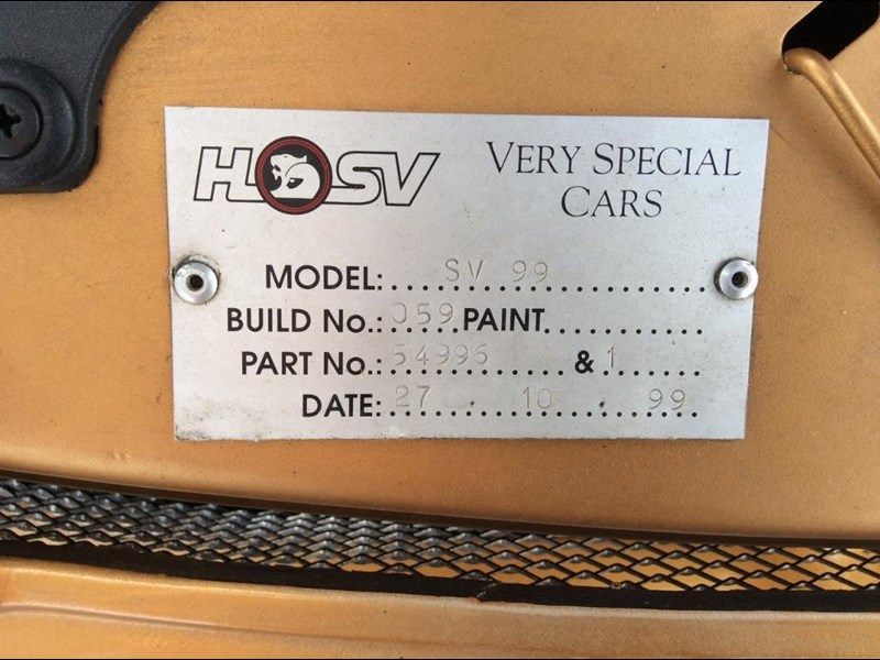 holden commodore 675227 033