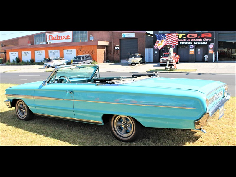 ford galaxie 675395 027