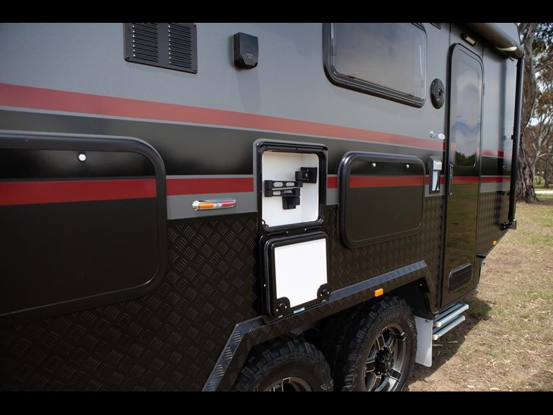 other salute caravans governor 22ft off road 676466 017