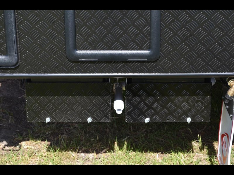 "other salute caravans sabre 20ft 6"" semi off road 676469 037"