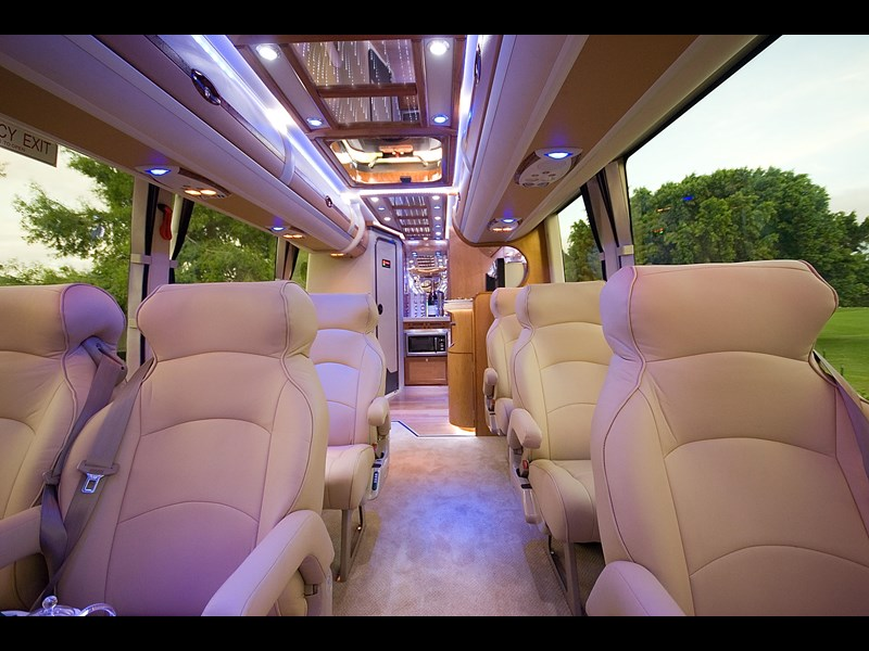 opulence the ultimate coach 678782 015