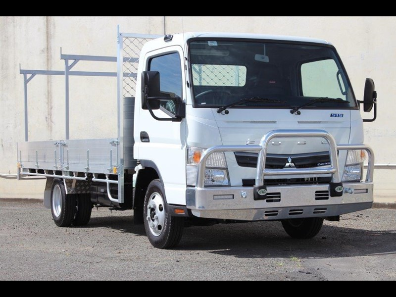 fuso canter 515 wide 679526 001