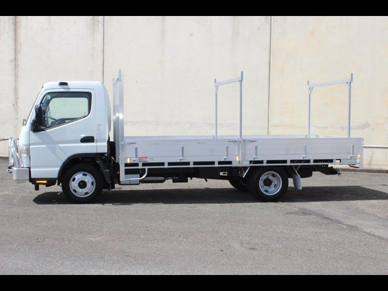 fuso canter 515 wide 679526 013