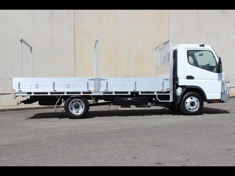 fuso canter 515 wide 679526 015
