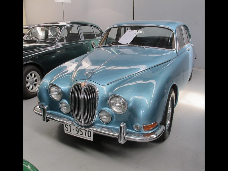 jaguar s-type 679496 013