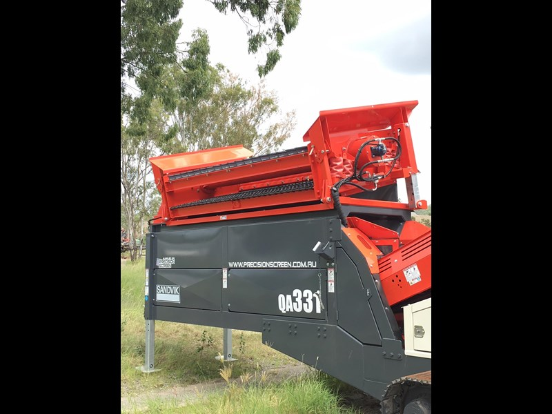 sandvik qa331 mobile screen - with vibrating grid 680919 005