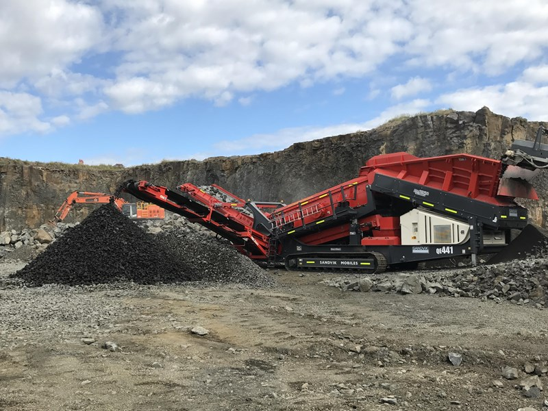 sandvik qe441 mobile scalper 680957 001