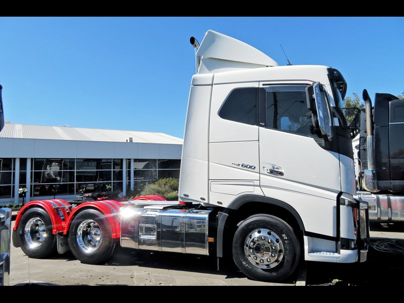 volvo fh600 676658 001