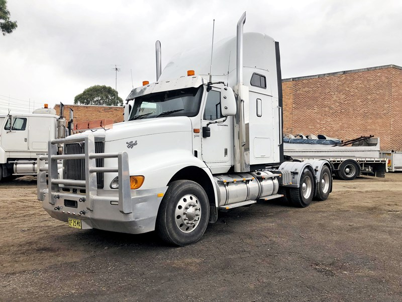 international 9200i eagle 680360 001
